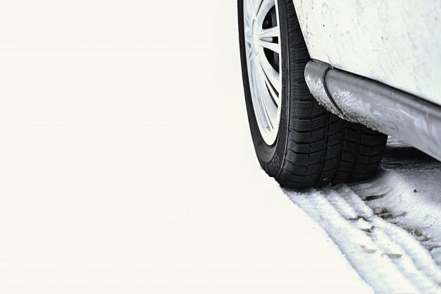 Puesta a punto para el invierno: ¿Qué necesito para mi coche?