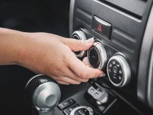 uso del aire acondicionado en el coche